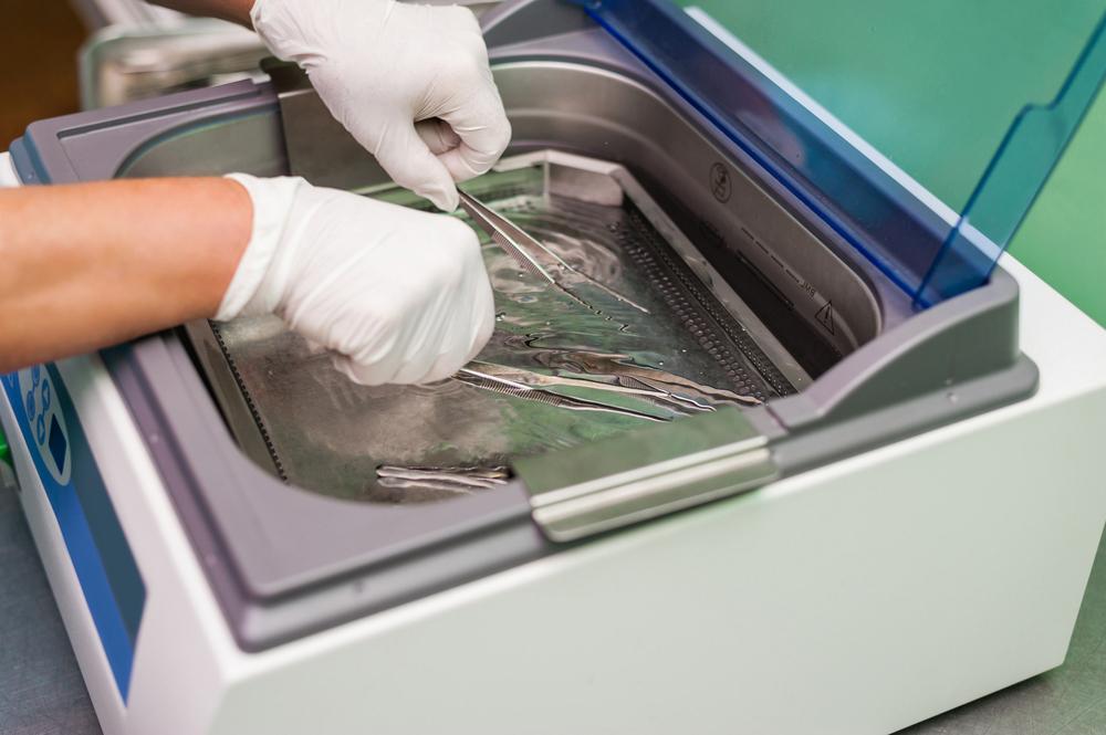 Công dụng của máy làm sạch sóng siêu âm trong y học